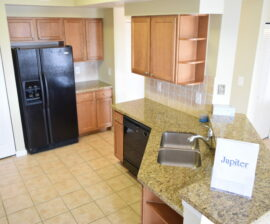 3 BED 2 BATH: 225 Murcia Dr. #302